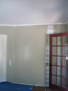 It's amazing what a bright white ceiling does for a room.